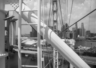 Veiw from Singapore flyer. There is a bridge, but maybe not so easy to find :-)
