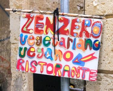 Colorful Vegetarianos.